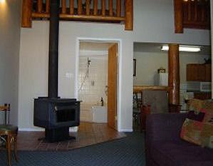 rm 40 living room