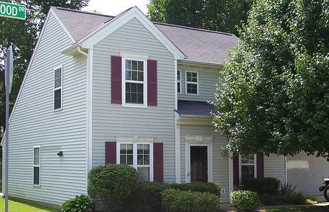 2201 S Laurelwood Court, Bloomington, IN 47401
