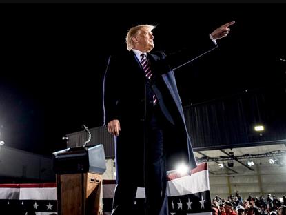 Trump contre l'Etat profond : récit d'une guerre secrète
