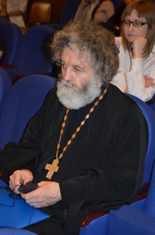 Иерей Виктор Гусев