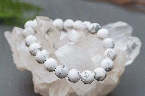 White Howlite Stretch Bracelet- Matte