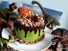 Molly cake thème dinosaures