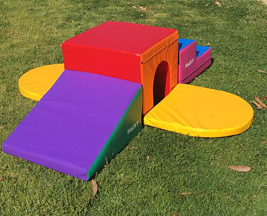Little Monkeys Party Hire Hide and Climb Single softplay set