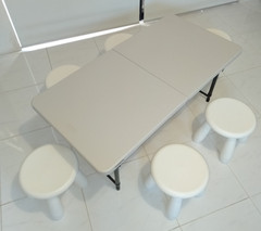 Table and 6 stool set