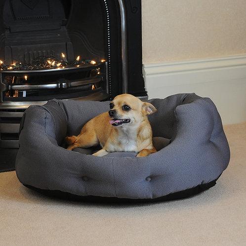 Kiplin Small Heated Dog Bed