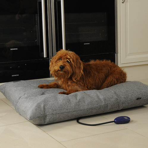 Sledmere Medium Heated Dog Pillow Bed