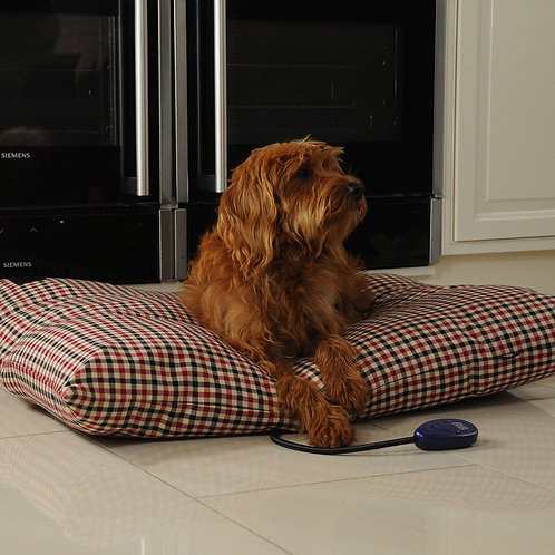 Sewerby Medium Heated Dog Pillow Bed