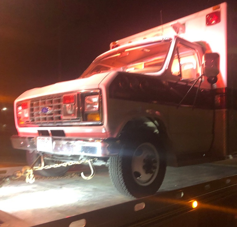 Ambulance. Cannon Cooley. Towed.