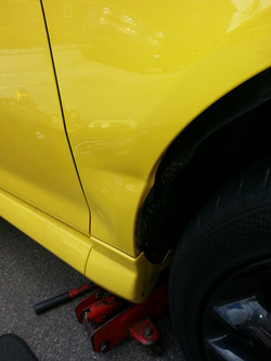 Vauxhall corsa Front wing Crease