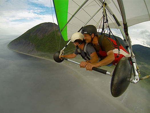 Deltaplane tandem, Mont St-Pierre en Gaspésie