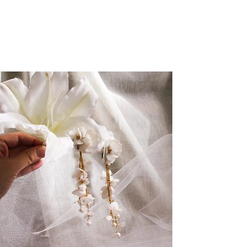 Sarkık Çiçekli Küpeler