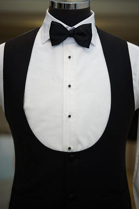 Horseshoe vest for tuxedo