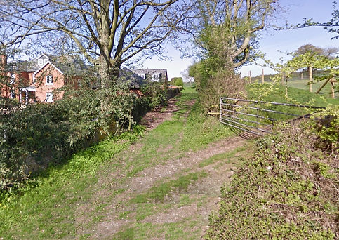 Bishop's Sutton, North Street -  remnant of roadway running to the North of North Street