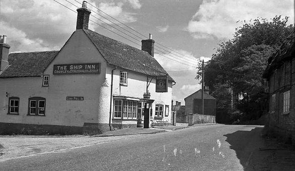 Bishop's Sutton, Ship Inn 1948