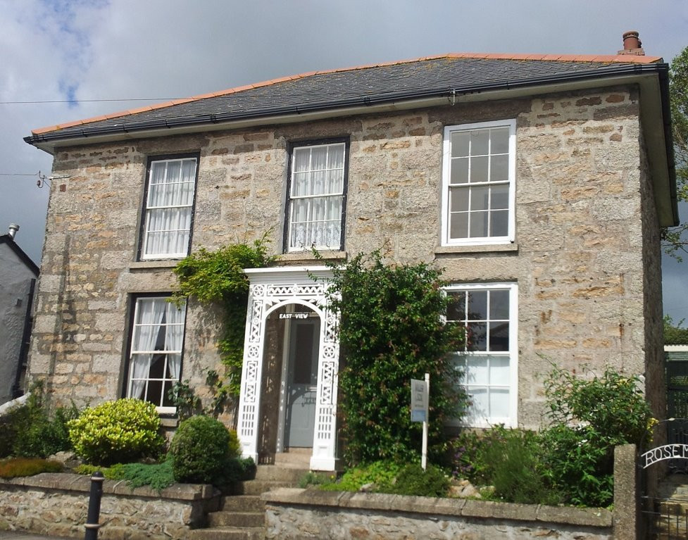 Front elevation of Grade II Listed home in St Ives, Cornwall.