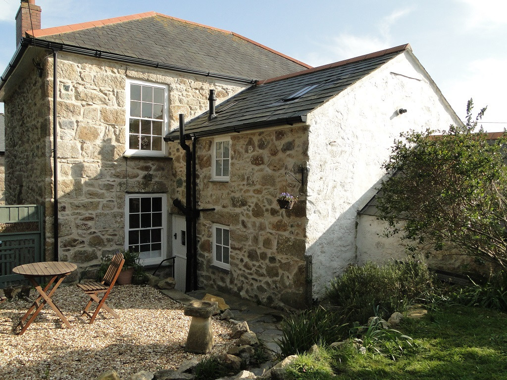 Renovation and restoration of Grade II Listed house in St Ives, Cornwall.