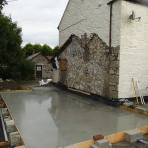 Construction of extension on Cornwall