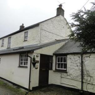 Original cottage before renovations