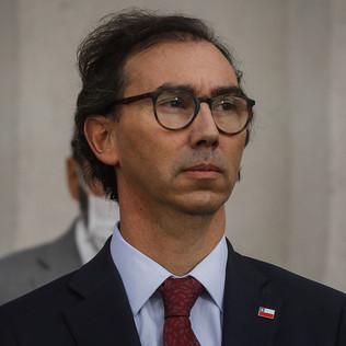 Diputados de Oposición presentan acusación constitucional en contra del Ministro Figueroa