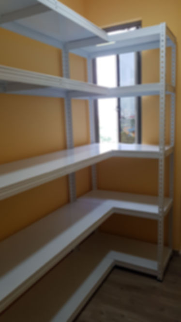 5 Tier, L shape Medium + Large, Metal shelving, remove centre pole