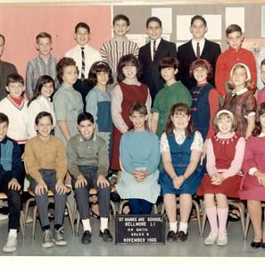 Sixth grade Mr. Smith's sixth grade class. Me, top row in white shirt