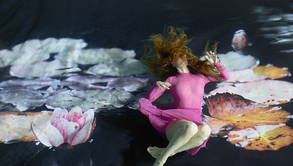 Photo of Anni Elif for Elifantrees album Anemone by Susanna Majuri