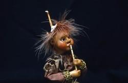 1993-02 Bosfiguurtje