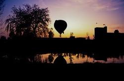 1994-07 Landing