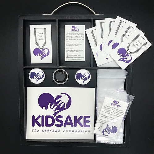 KidSAKE Helping Hands Heart Magnet; Greeting Cards, BULK/CLASS PACK