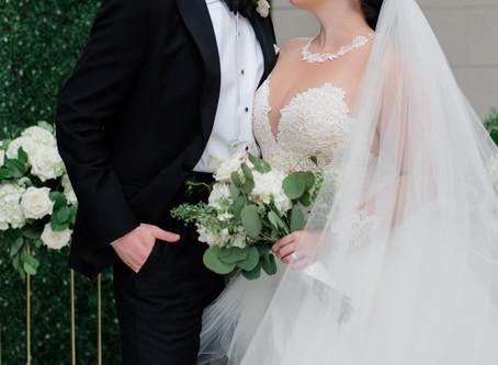 Black and White Elegance for Astoria Wedding
