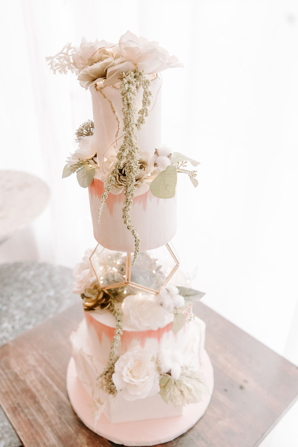 Wedding Cake by Chic Sugars. Photo by Wicked Petunia.