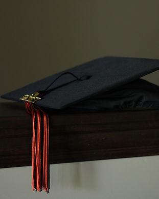 graduation-3498090_1920.jpg