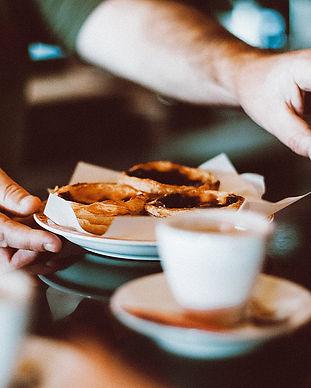 beverage-blur-breakfast-1546590.jpg