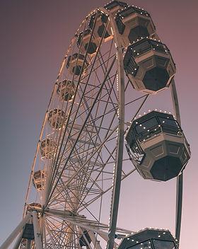 amusement-park-carnival-circus-1381786.j