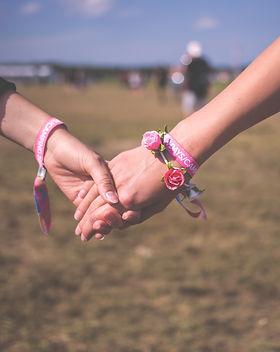 friends-friendship-hand-118033.jpg