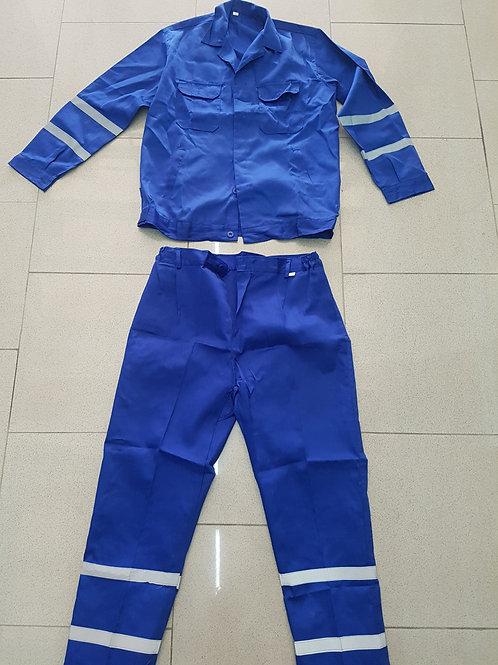 Fato de trabalho em algodão composto por Calça e Camisa
