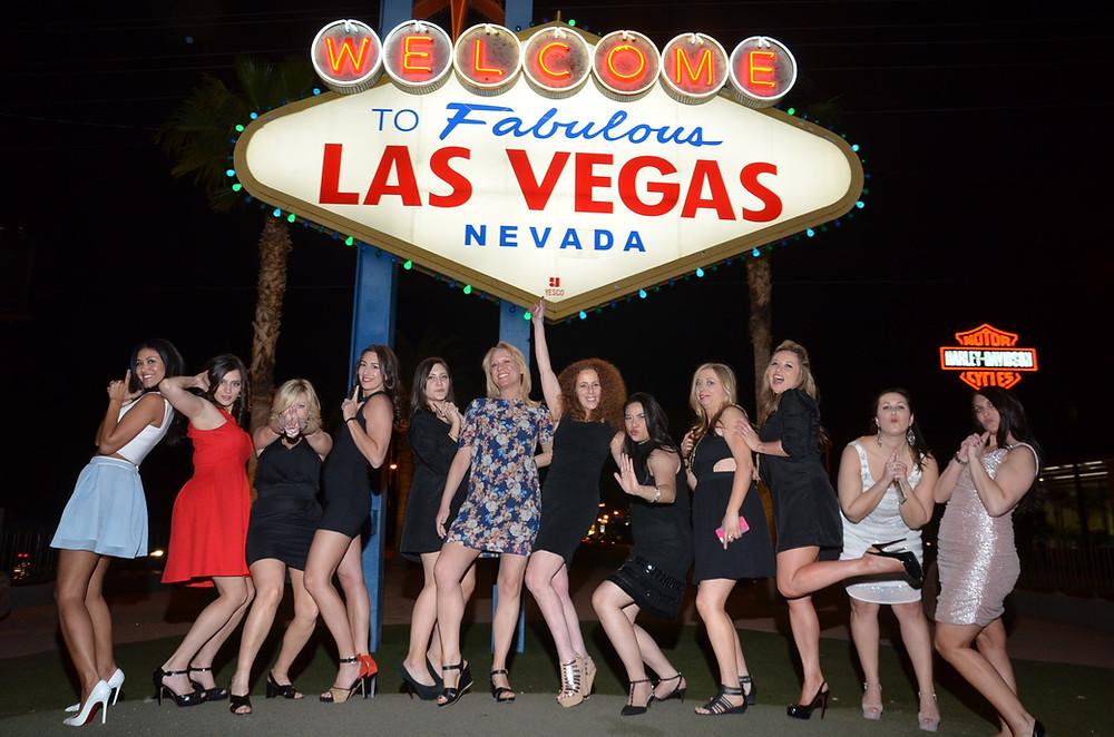 girls having fun with Vegas Girls Night Out