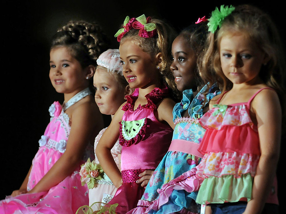 Finding Pageant Fashions for Your Child: Stress-Free Shopping