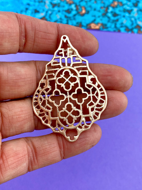 Patterned Openwork Pendant (gold)