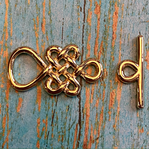 Gold Celtic Knot Toggle Clasp