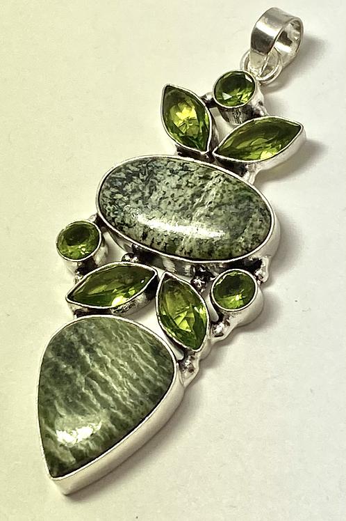 Silverline Jasper & Peridot Pendant