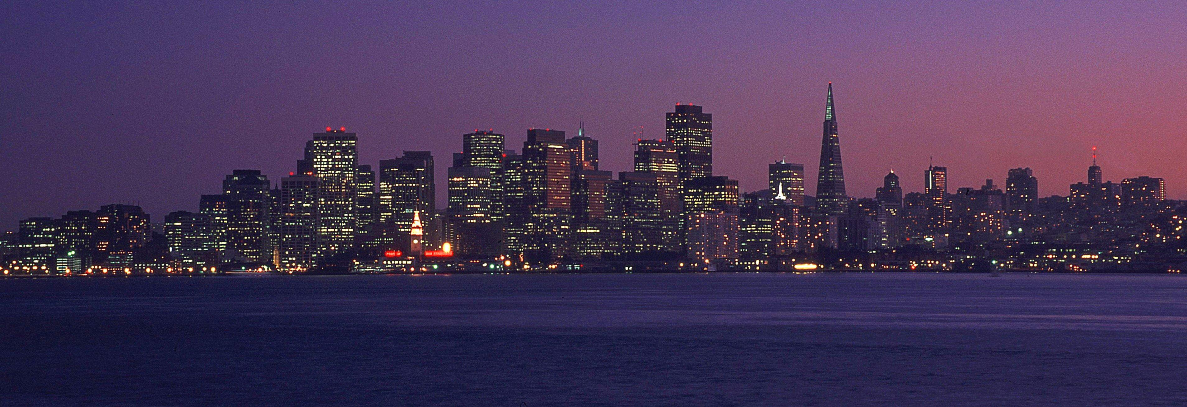 San_Francisco_at_night,_pan