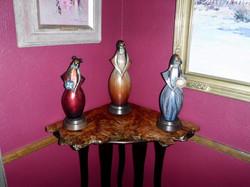Corner Sculpture Table