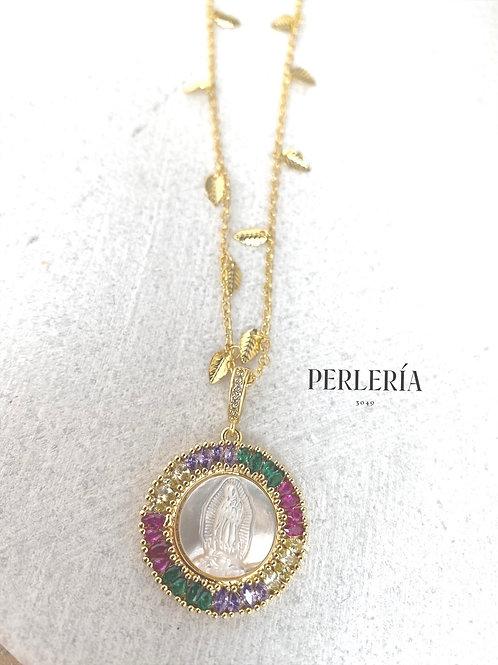 Virgen en madre Perla y circonia colores