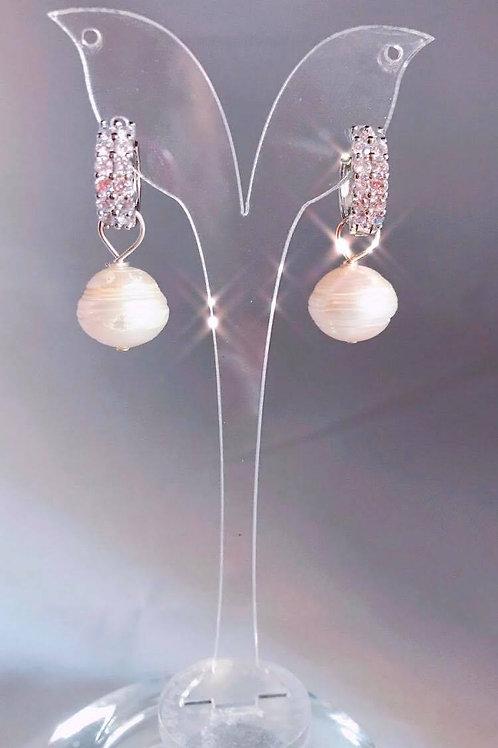 Arracada con perla