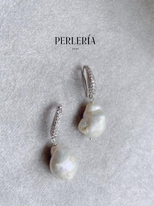 Aretes Perla barroca y circonias