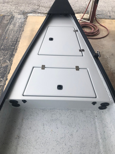 raised front deck with 2 hatch .jpg