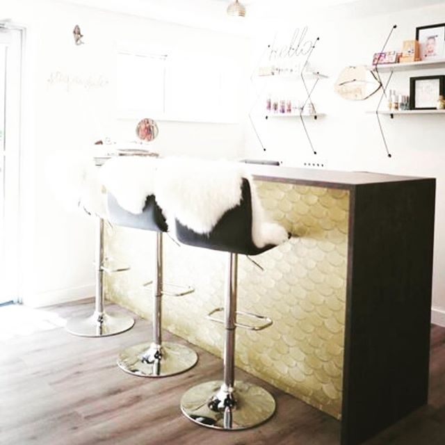 Come check out our vintage vibes! #fortlauderdale #facials #massage #scrubs #spalife