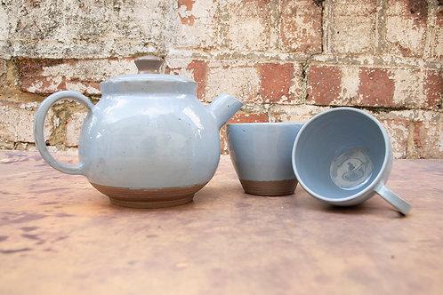 Tea Pot & Set of 2 Cups