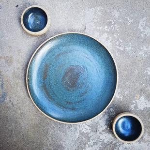 Tyrion Blue Dinner Plate & ramekins
